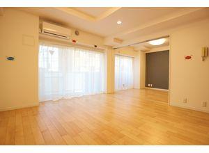 レジェンド南大泉 - 302マンション